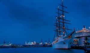 dream about sailing ship